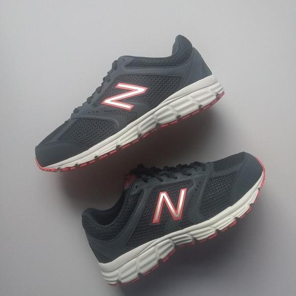 Grey New Balance Men/'s 460v2 Cushioning Running Shoe Size 12.0